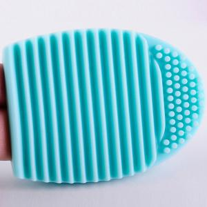 Stylish Makeup Brush Cleaning Tool Silicone Wash Board -