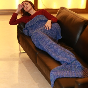 Artist Playfully Redesigns Cozy Mermaid Tails Knitted Blankets and Throws -