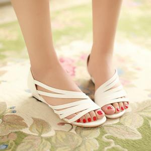 Casual Strappy and PU Leather Design Sandals For Women -