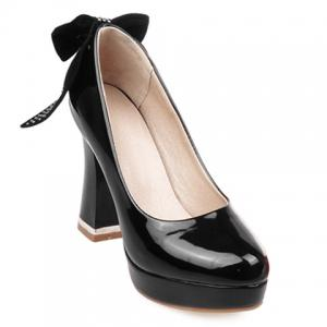 Stylish Bowknot and Patent Leather Design Pumps For Women