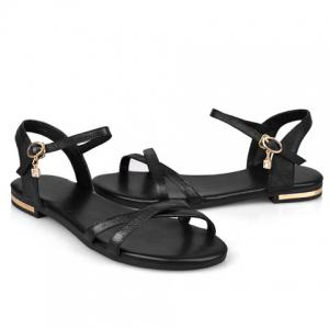 Simple Buckle Strap and Flat Heel Design Sandals For Women -