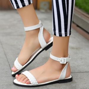 Casual Weaving and Buckle Strap Design Sandals For Women -