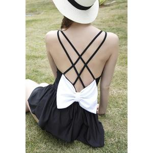 Trendy Double Strap Bowknot Embellished Hollow Out Women's Swimwear - Black - M