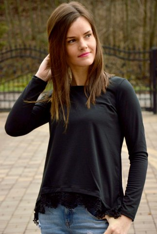 Sale Stylish Lace Spliced Hem Long Sleeve T-Shirt For Women - S BLACK Mobile