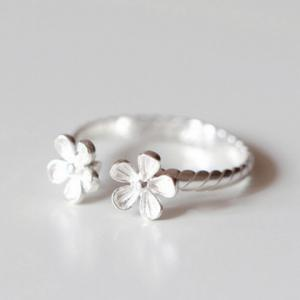 Alloy Floral Cuff Ring