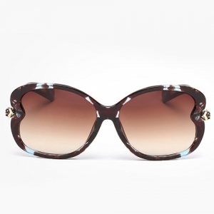 Chic Small Flower Shape Embellished Flecky Sunglasses For Women -