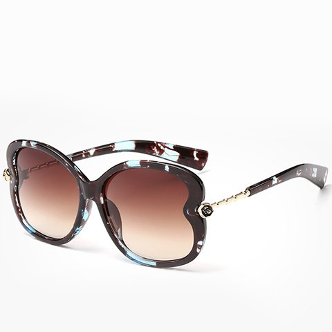 Discount Chic Small Flower Shape Embellished Flecky Sunglasses For Women