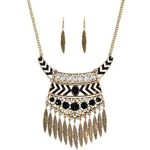 Store A Suit of Vintage Rhinestone Leaf Necklace and Earrings GOLDEN