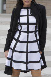 Stylish Stand-Up Collar Long Sleeve Flounced Solid Color Women's Coat - BLACK M