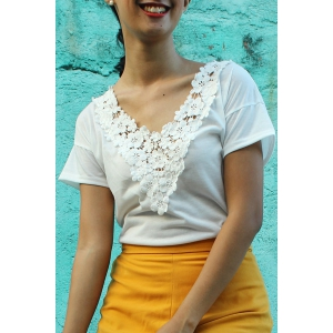 Sweet V-Neck White Lace Spliced Short Sleeve T-Shirt For Women - White - Xl