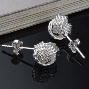 Vintage Hollow Out Stud Earrings -