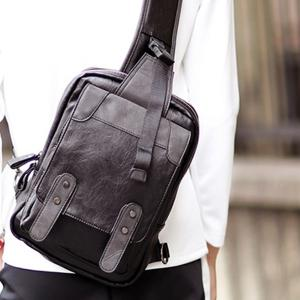 Leisure Metal and Black Color Design Messenger Bag For Men -