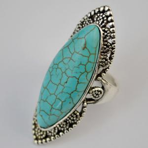 Stylish Faux Turquoise Hollow Out Mid Finger Ring - GREEN