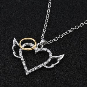 Rhinestoned Carving Heart Wings Alloy Pendant Necklace -