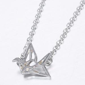 Stylish Paper Crane Hollow Out Alloy Pendant Necklace For Women -