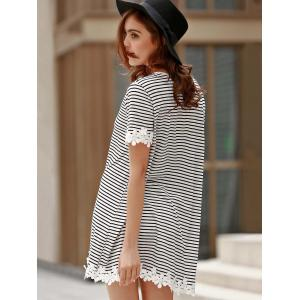 Sweet Style Round Neck Short Sleeve Striped Laciness A-Line T-Shirt For Women - WHITE/BLACK S