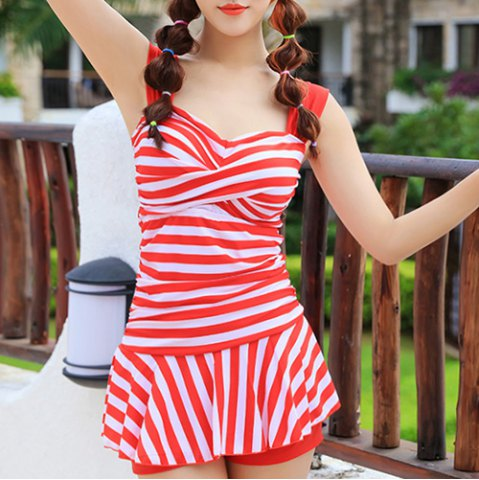New Simple Straps Twisted Striped Swimwear For Women
