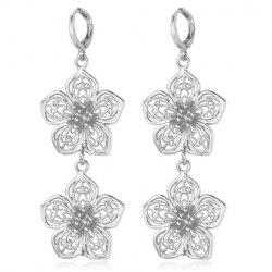 Pair of Gorgeous Blossom Shape Earrings For Women