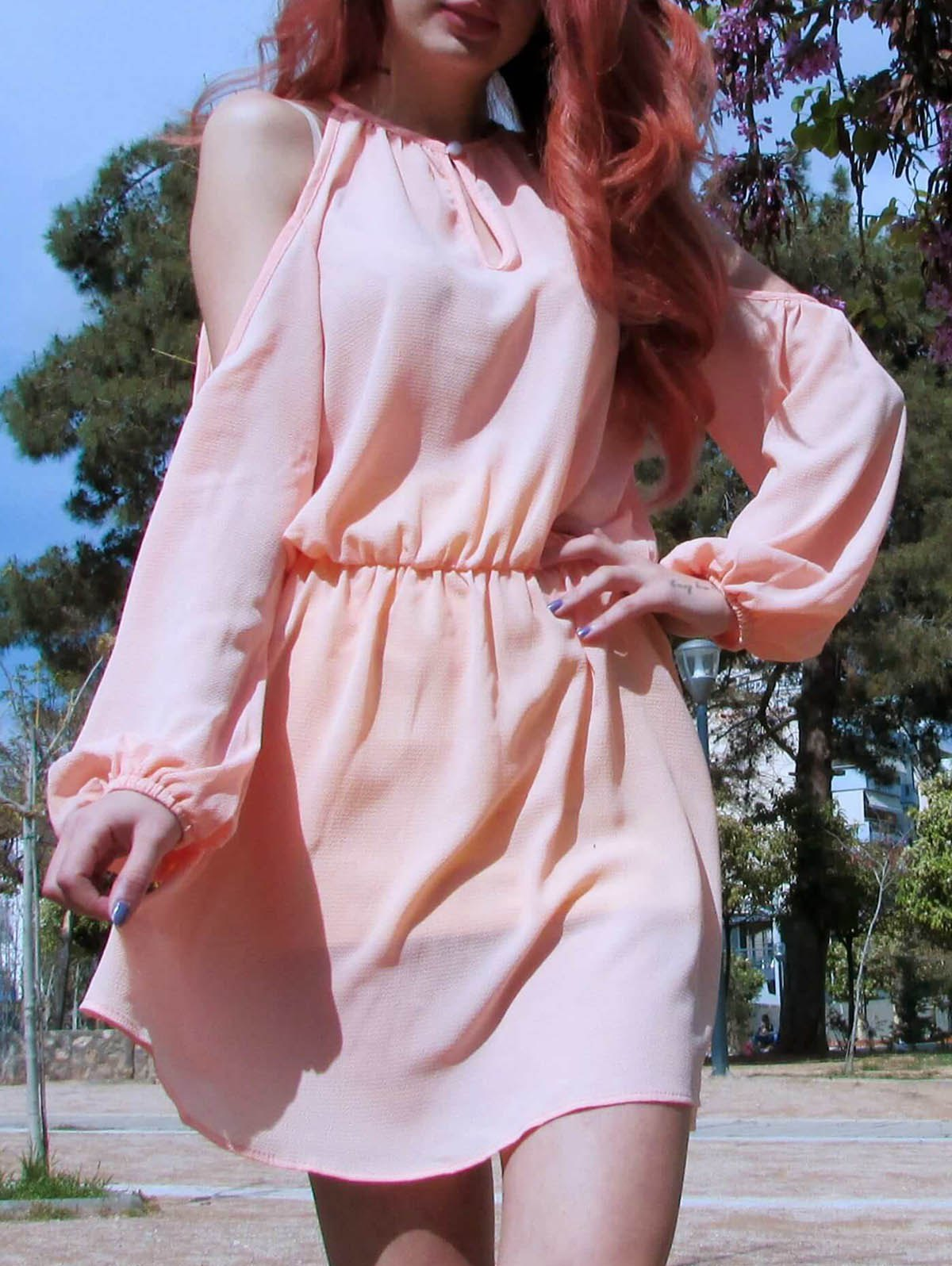 Cold Shoulder Hollow Out Long Sleeve Club DressWOMEN<br><br>Size: L; Color: PINK; Style: Cute; Material: Polyester; Silhouette: A-Line; Dresses Length: Mini; Neckline: Round Collar; Sleeve Length: Long Sleeves; Pattern Type: Solid; With Belt: No; Season: Summer; Weight: 0.200kg; Package Contents: 1 x Dress;