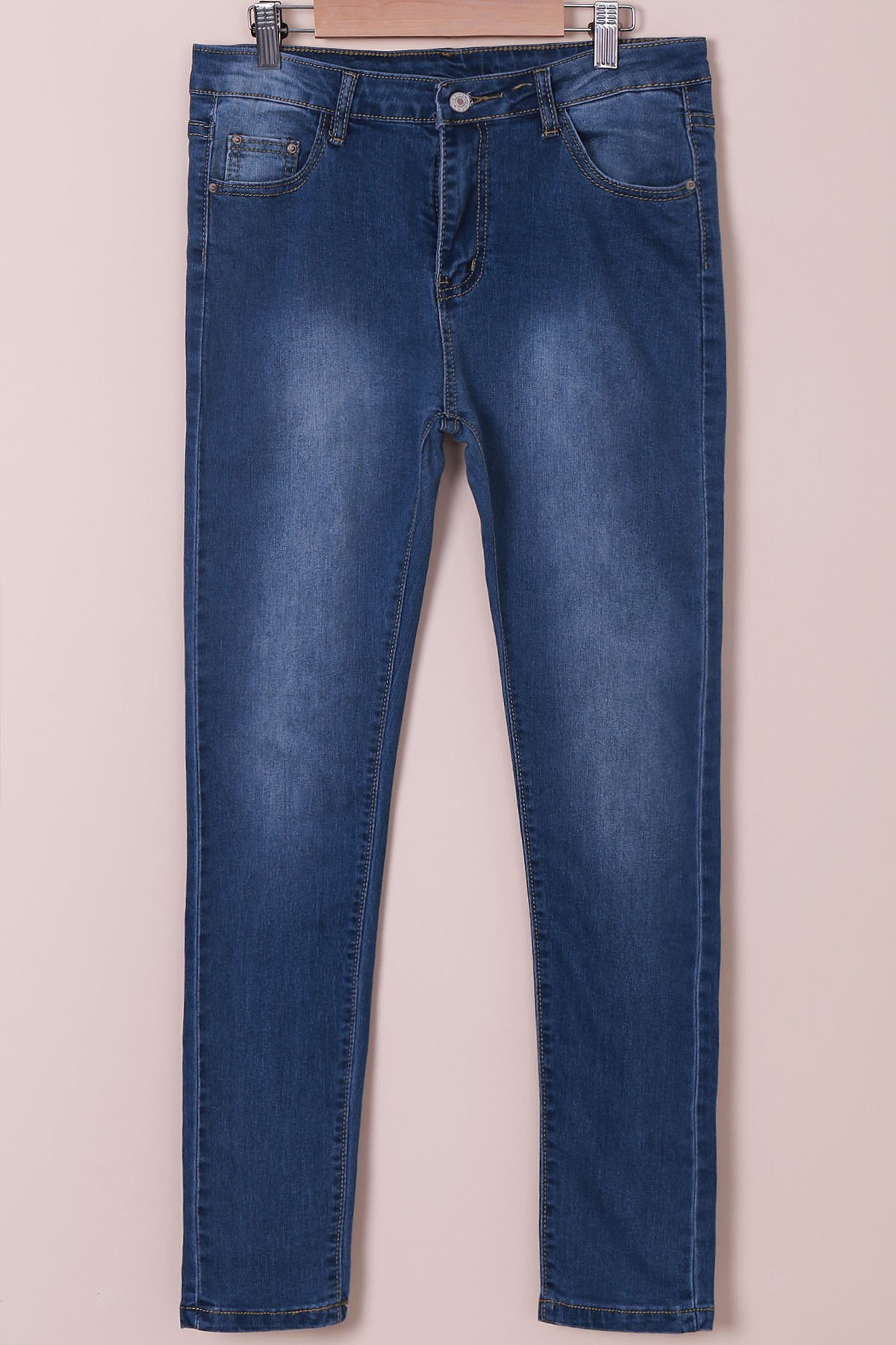 High-Waisted Tapered JeansWOMEN<br><br>Size: XL; Color: BLUE; Material: Jean; Length: Normal; Fabric Type: Denim; Wash: Light; Fit Type: Regular; Waist Type: High; Closure Type: Zipper Fly; Weight: 0.570kg; Pant Style: Pencil Pants; Package Contents: 1 x Jeans;