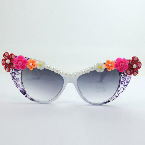 Discount Chic Flower Shape Embellished Hot Summer Cat Eye Sunglasses For Women