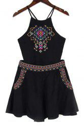 Trendy Spaghetti Straps Backless Tank Top and Embroidery Shorts Twinset For Women -