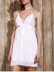 Women's Stylish Plunging Neck Lace Bowknot Decorated Pleated Babydolls -