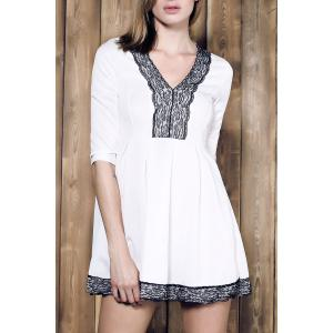 Alluring Plunging Neck Lace Spliced Pleated Mini Dress For Women - White - S