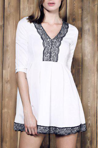 Alluring Plunging Neck Lace Spliced Pleated Mini Dress For Women - White - Xl