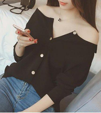Discount Brief Boat Neck Solid Color Long Sleeve Blouse For Women BLACK M