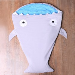 Mignon Shark Blanket par Blankie Tails For Kids - Gris