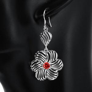 Pair of Blossom Rhinestone Hollow Out Earrings - RED