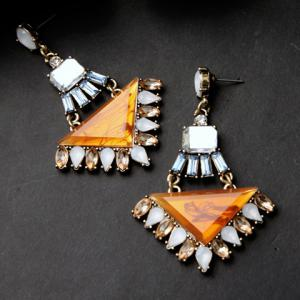 Pair of Vintage Faux Gem Triangle Water Drop Earrings For Women -