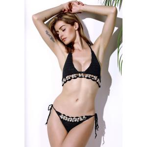 Refreshing Halter Solid Color Crochet Shell Inlaid Bikini Set For Women -