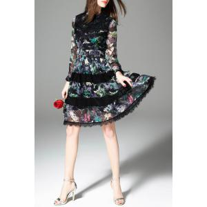 Lace Spliced Pleated Floral Dress -