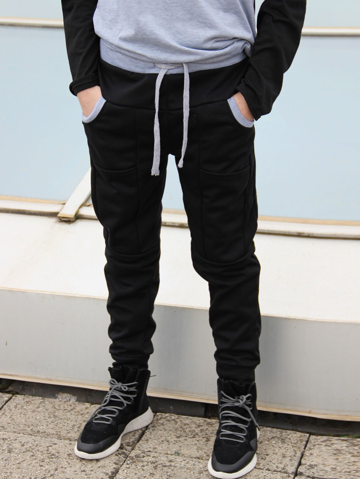 Slimming Stylish Lace-Up Color Block Splicing Beam Feet Polyester Mens Sweatpants