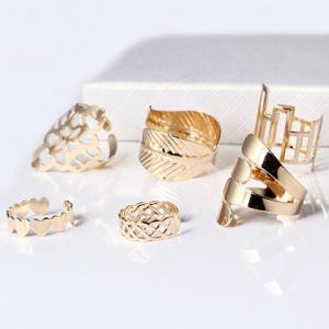 A Suit of Vintage Geometric Leaf Cuff Rings - Golden - One-size