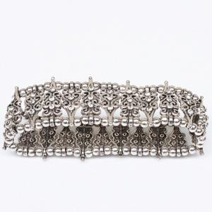 Rhinestone Hollow Out Carving Bead Bracelet -
