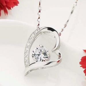 Hollow Out Rhinestone Heart Shape Necklace -