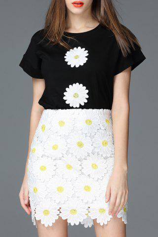 Chic Flower Patch Cotton T-Shirt