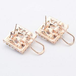Pair of Alloy Rhinestone Clover Stud Earrings -