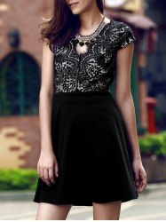 Simple Style Women's V Neck Lace Spliced Hollow Out Cap Sleeve Dress