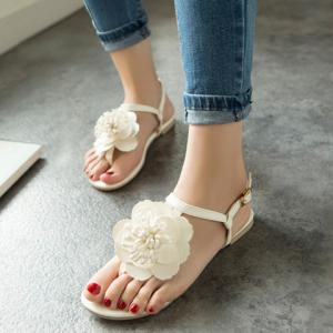Simple Flat Heel and Flower Design Sandals For Women -