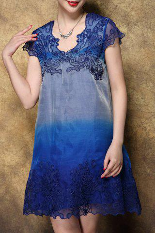 Outfits V-Neck Embroidered Ombre Dress