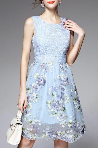 Fashion Round Neck Sleeveless Floral Embroidery Dress
