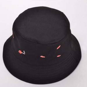 Stylish Red Lips and Cigarette Embroidery Funny Bucket Hat -