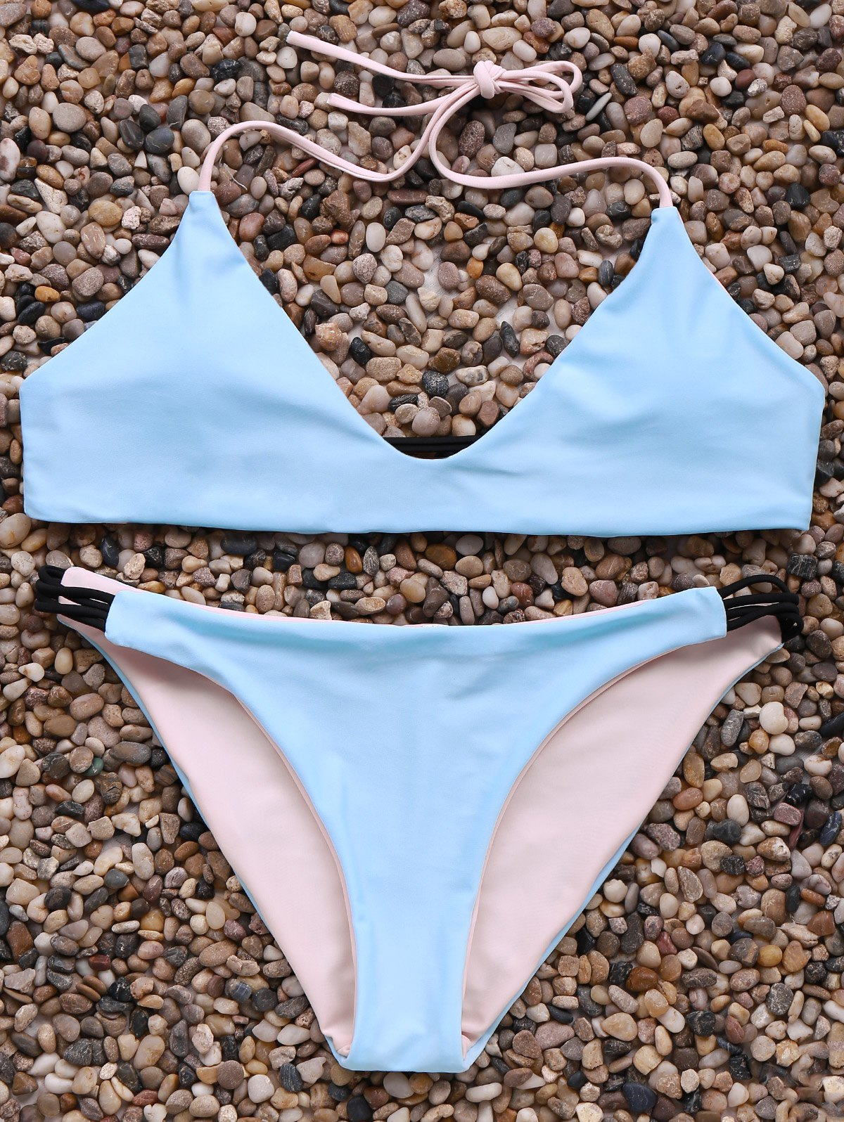 Outfit Alluring Halter Neck Contrast Women's Bikini Set