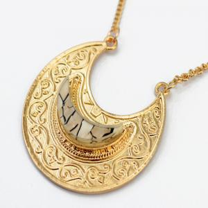 Retro Faux Gem Multilayer Chain Moon Necklace -