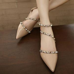 Stylish Hit Colour and Rivets Design Flat Shoes For Women -