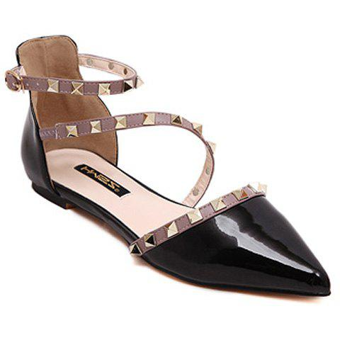 Stylish Hit Colour and Rivets Design Flat Shoes For Women - Black - 39